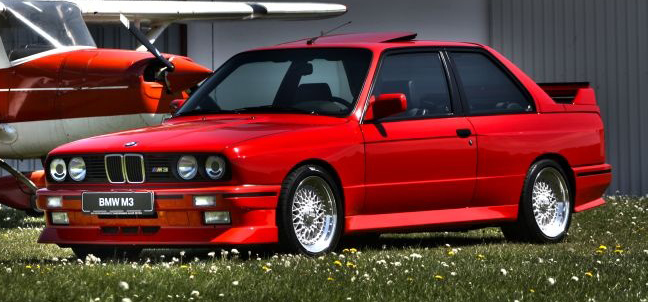 BMW M3 E30   vorne links